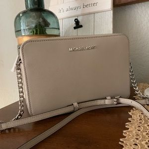 New MK Jet Set Crossbody